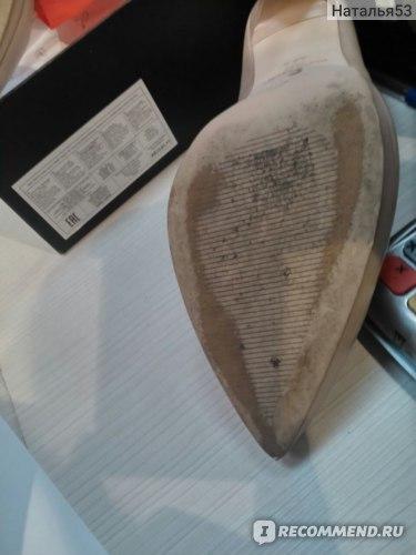 Как вернуть обувь в Кари по гарантии: условия, гарантийные сроки